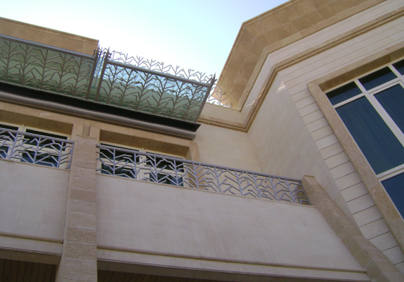 Cornici per ville case edifici pubblici pietra leccese e carparo