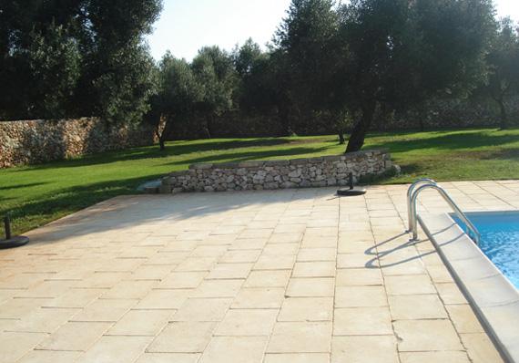 Pavimento Esterno Pietra : Esterno in pietra piasentina fiammata arch pietre u marmisti