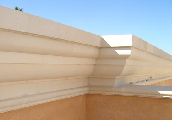 Cornici per ville case edifici pubblici pietra leccese e - Cornici finestre in pietra ...